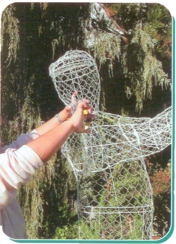 Instructions to Fill and Put together a life size topiary